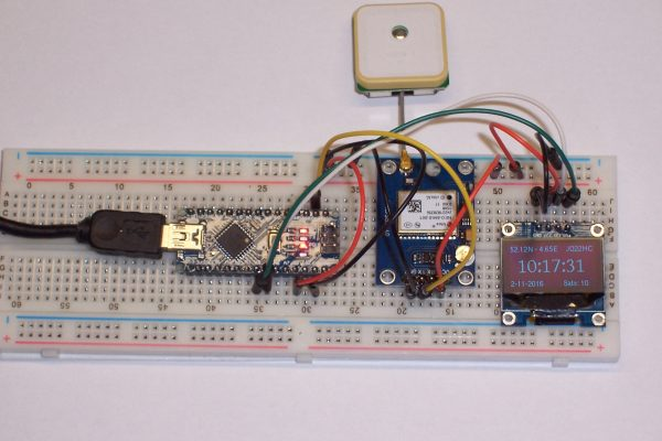 GPS Receiver on breadboard