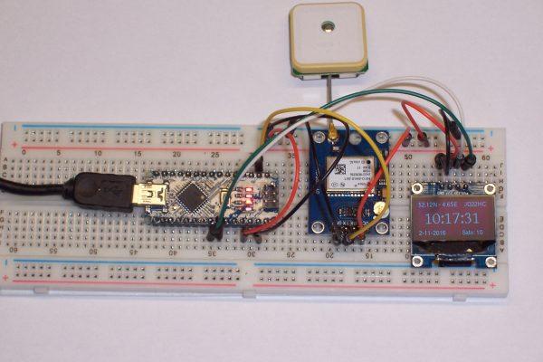 GPS Receiver on breadboard